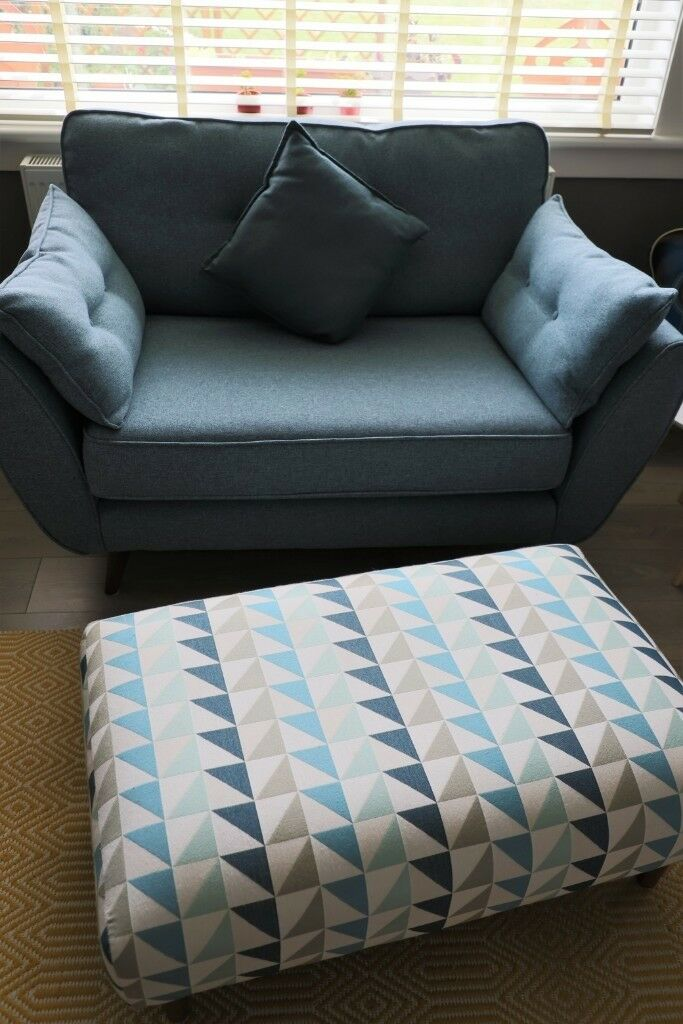 Phenomenal French Connection Zinc Cuddler Chair Small Sofa And Footstool In Craigentinny Edinburgh Gumtree Theyellowbook Wood Chair Design Ideas Theyellowbookinfo