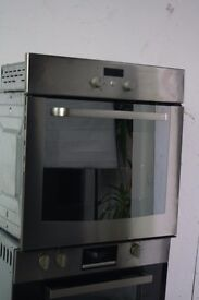 Whirlpool Built-In Single Oven/Cooker Digital Display Excellent Condition 12 Month Warranty