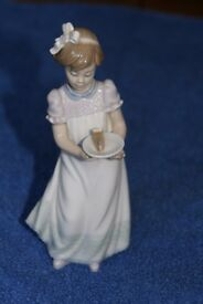 Lladro Happy Birthday Figurine