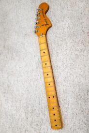 1977 Fender Stratocaster maple neck 3 or 4 bolt
