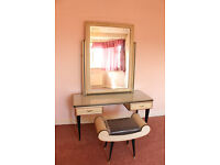 Vintage UMBERTO MASCAGNI Dressing Table with Mirror and Stool from Italy.