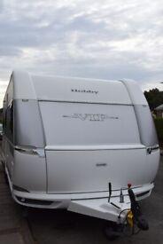 Hobby VIP 660 Caravan 5 Berth Fixed Bed
