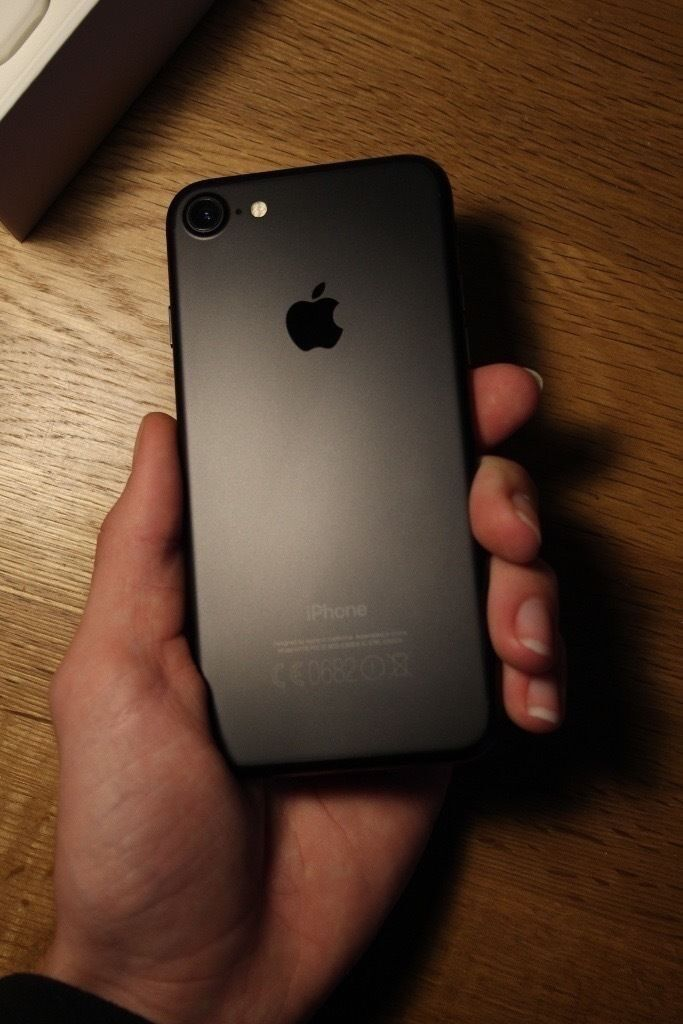 Apple Iphone 7 Matte Black 32gb Vodafone In Salford