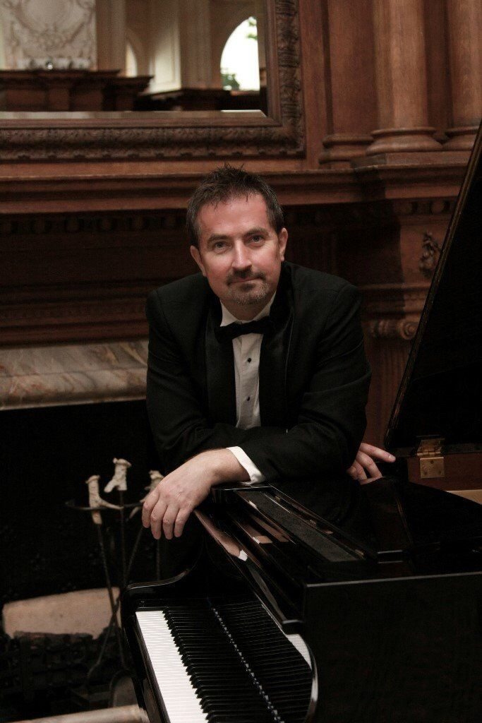PIANIST – WEDDINGS, EVENTS, FUNCTIONS in LONDON