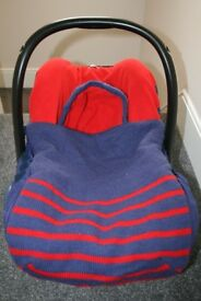 Verbaudet infant car seat cover / footmuff fits Maxi cosi - blue / red CAN POST