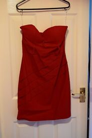 Red bodycon dress, size L, never worn