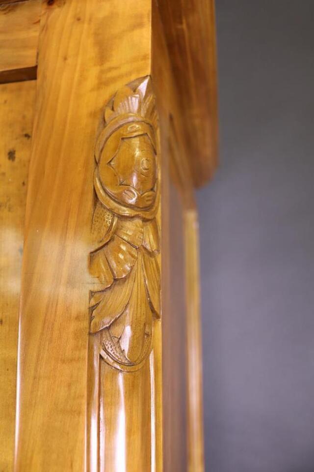 Antike Anrichte / Büffet Kirschbaum Schellack poliert 1910 #10308 in Walldorf