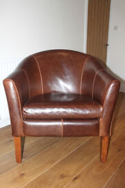 LEATHER TUB CHAIR - VERY GOOD CONDITION