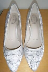 **ONLY BEEN WORN ONCE** LADIES size 7 stiletto heel shoes from DEBUT, for DEBENHAMS