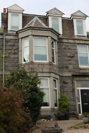 Immaculate Part Furnished 2 Bed Flat In. Quiet Residential Area, Immediate Entry AB10