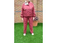 Ladies Golf Waterproof 2 Piece Suit by Mizuno - Medium Size