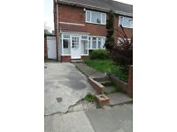 Thorney Close. Sunderland. Immaculate 2 bed House.Huge Garden. Driveway. No Bond! DSS Welcome!