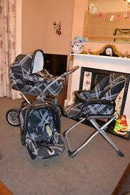 Mamas and Papas Ultima 9 in 1 Travel System Black Couture Pram/Pushchair/Carseat