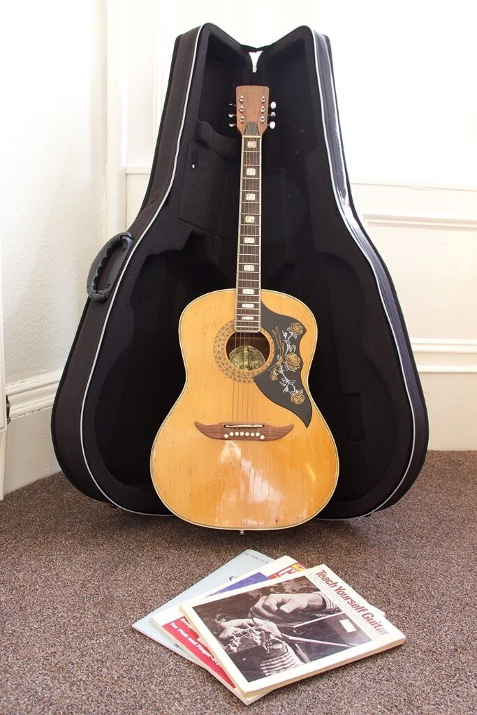 Kawai Acoustic Guitar w/ Hard Case ***Price Reduced***