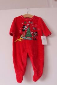 NEW Disney Store Baby Boys Girls Christmas Onesie Romper Jumpsuit 0-3 Months Fleecy & Warm RRP£14