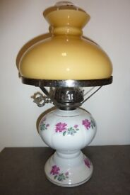 Porcelain/Glass/Metal Oil Lamp