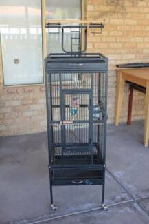 Patio cage with removable seed skirt Brookdale Armadale Area Preview