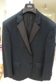 MEN'S FORMAL BLACK SUIT WITH FORMAL WHITE SHIRT