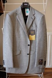 BNWT Marks & Spencer Worsted Wool Check Suit Jacket 40L