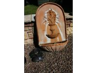 Wall mounted water feature