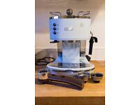DeLonghi Vintage Icona Pump Espresso Coffee Machine- Azure Blue
