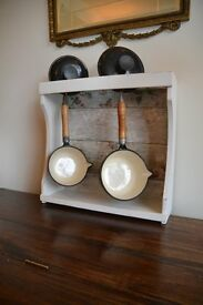 Shabby Chic Pan/Pot Stand