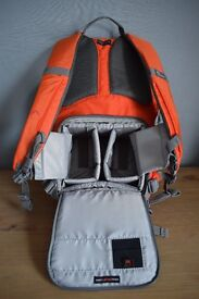 Lowepro BP 150 AW 11 Photo Hatchback bag for Camera in 'Chilli Pepper'