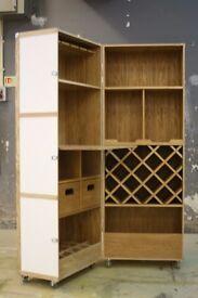 Joiner/ cabinet maker/ kitchen fitter. Southside.
