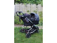 Mountain Buggy Duet with carrycot