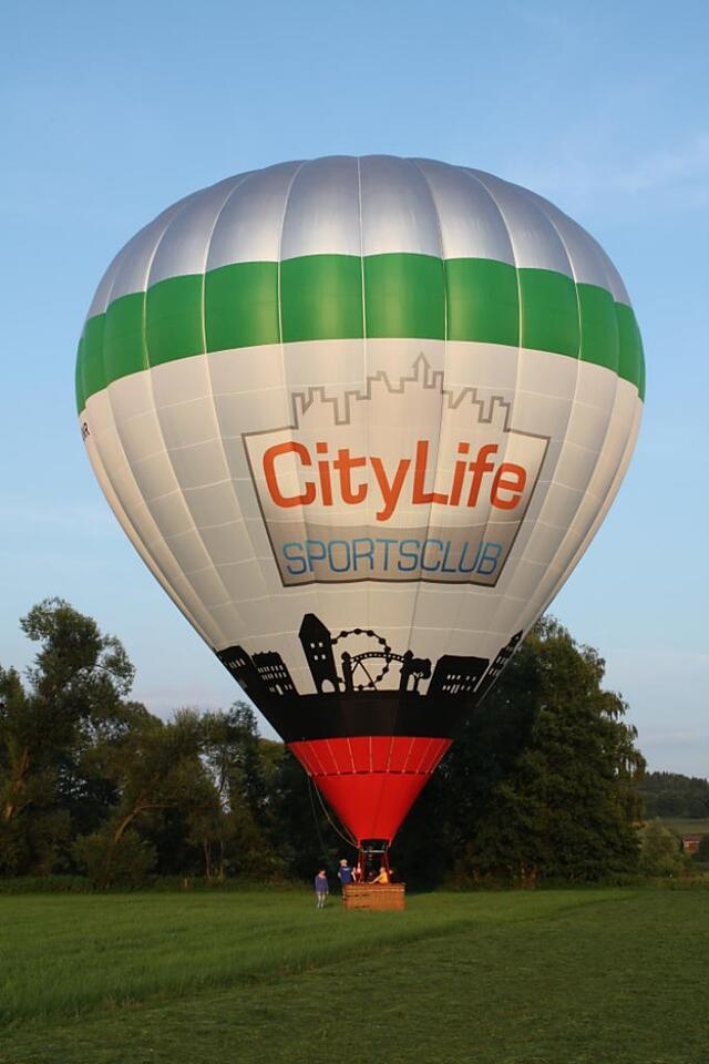 Nördlingen Ballonfahrt in ihrem Wohnort (Nördlinger Ries) in Nördlingen