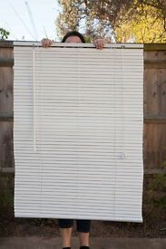 White blinds - 90cm wide, 120cm tall