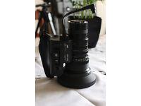 broadcast tv camera lens jvc hz-410. f1.4 . 7-70mm zoom lens