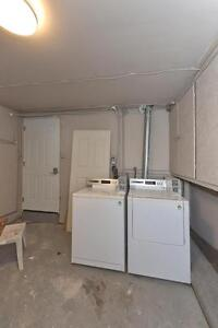 MODERN 2 BDRM PLUS DEN, OFF COMMISSIONERS RD $875 London Ontario image 18