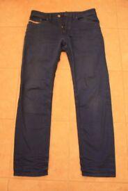 "Mens Diesel Jeans Size 32/32 in mid blue,""Braddom"",regular slim style in grat condition"