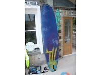 Foamie surfboard 8Ft foamy ideal for kids or adults to learn on.