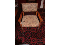 6 Oak Chairs Gothic/Cromwellian revival refectory 2 carvers 4 plain top quality