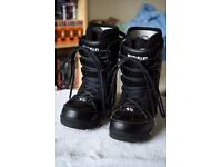 Thirty Two Snowboard Boots Size 10.5