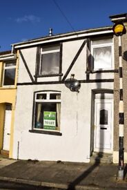 FOR RENT! Fantastic 2-bedroom house on Bedw road, Bedlinog. £450 PCM.