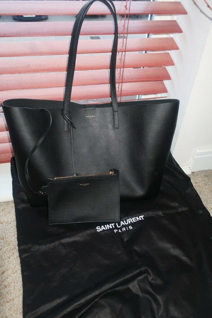 Ladies Black Leather SAINT LAURENT Large leather tote Shoulder Bag - USED ef5f6a887a05a