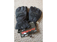 Dakine Gloves x large and large (2 pairs) £20 each snowboarding