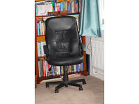 Standard black faux leather upholstered exec chair