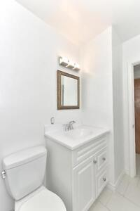 MODERN 2 BDRM PLUS DEN, OFF COMMISSIONERS RD $875 London Ontario image 9