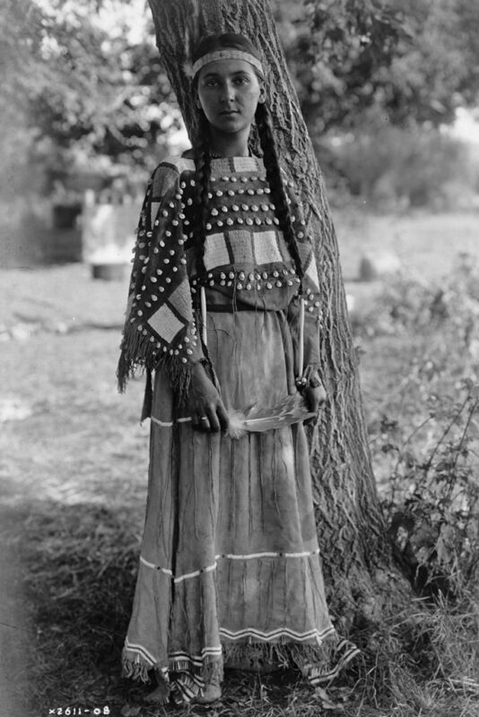 New 5x7 Native American Photo: Maiden of Sioux, North American Indian Tribe