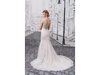 Brand New Justin Alexander Wedding Dress Style 8882 Ivory Silver Nude V-Neck Fit and Flare Lace Gown