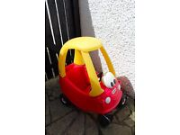 LITTLE TIKES OUTDOOR CAR YELLOW RED GREAT CONDITION