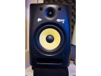 2 KRK RP6 studio monitors & Focusrite Saffire 6 USB + 2 Quicklok speaker stands