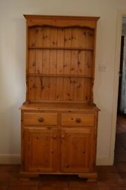 Lovely medium sized pine dresser in good condition