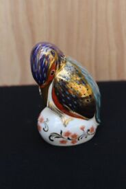 Royal Crown Derby Kingfisher Paperweight with Gold Stopper