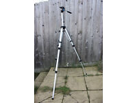 MIRANDA 750 LARGE EXTENDING CAMERA/VIDEO TRIPOD, BOXED