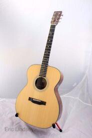 Eastman E10-OM Acoustic Guitar